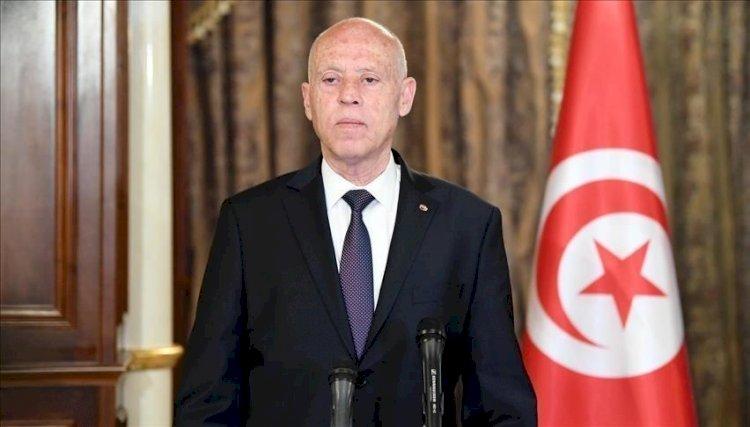 الرئيس التونسي: المؤسسات الموجودة خطر جاثم على الدولة وعلى رأسها البرلمان
