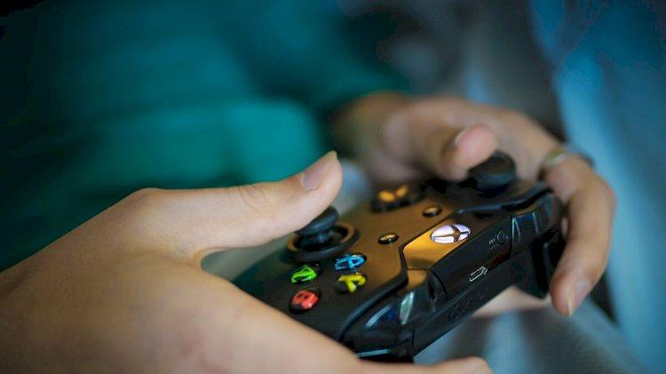 الصين تقرر منع القاصرين من ممارسة ألعاب الفيديو